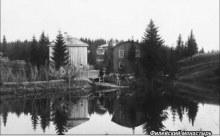 Пруд перед Аленксандро-Невским монастырем