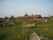 Последний обитаемый дом. 2013. Фото Виталия Засухина. www.vyatlag.ru