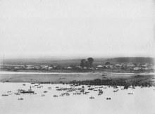 Река Вятка и слобода Дымково. Фот. П.Г. Тихонова (из коллекции Ж.Легра), 1899-1903