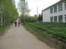 Левая часть школы. Фот. Лысов Д.С. 20.05.07