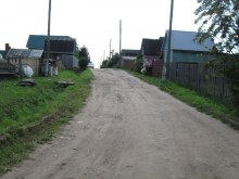 Улица с северо-востока на юго-запад, окраина деревни. Фот. Лысов Д.С. 29.07.14
