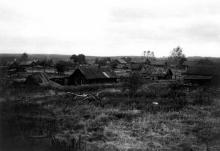 Заброшенный поселок Соз (бывший Трудпоселок № 4). Нагорский район Кировской области. Вид с восточной стороны. Фото 29.08.1991