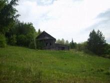 Пустующий дом Алексея Никитьевича  Дудырева.  Долгое  время  он  один  жил  в деревне.