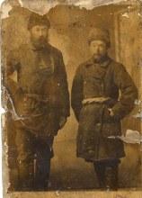 Узлов Зиновий Васильевич слева.
