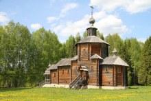 Деревянная церковь Рождества Иоанна Предтечи, постренная в наше время