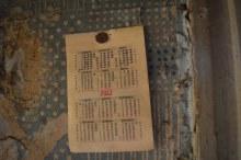 д.Робяши, июль 2016, календарь в одном из покинутых домов